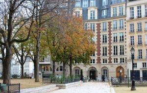 English Rose In Paris Place Dauphine 5
